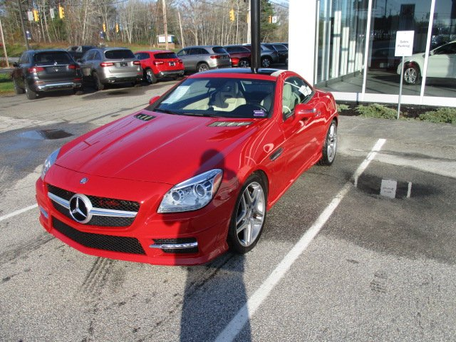 Certified Pre-Owned 2016 Mercedes-Benz SLK 350